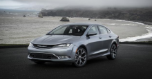 Sporty Packages Offered for Chrysler 200